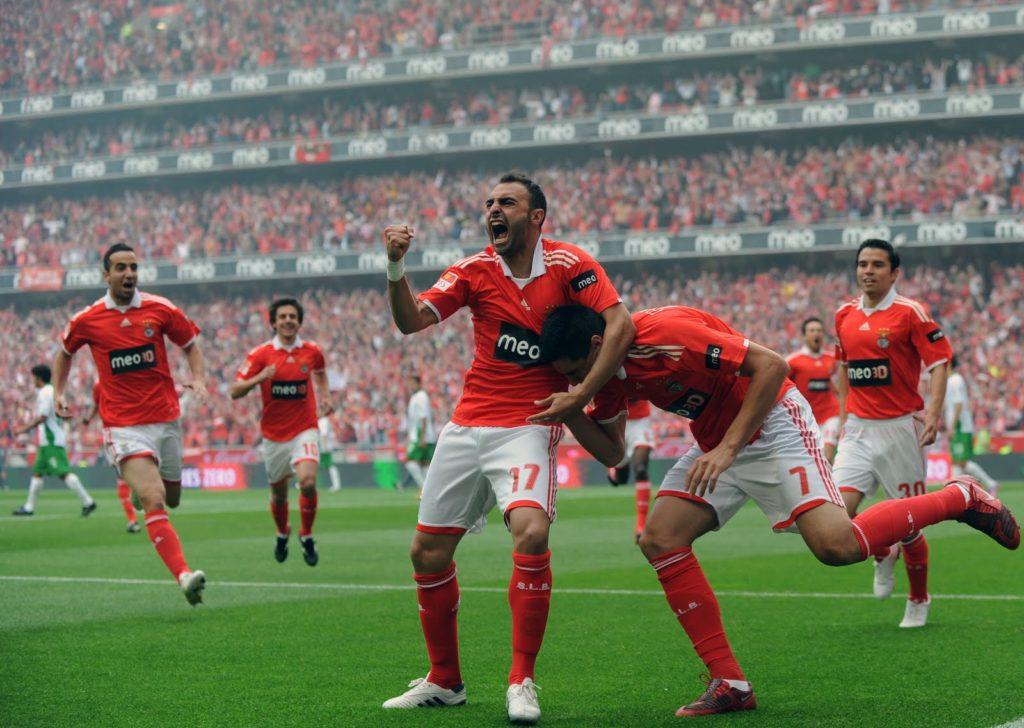 Benfica: Favorito en ante el AZ en Holanda