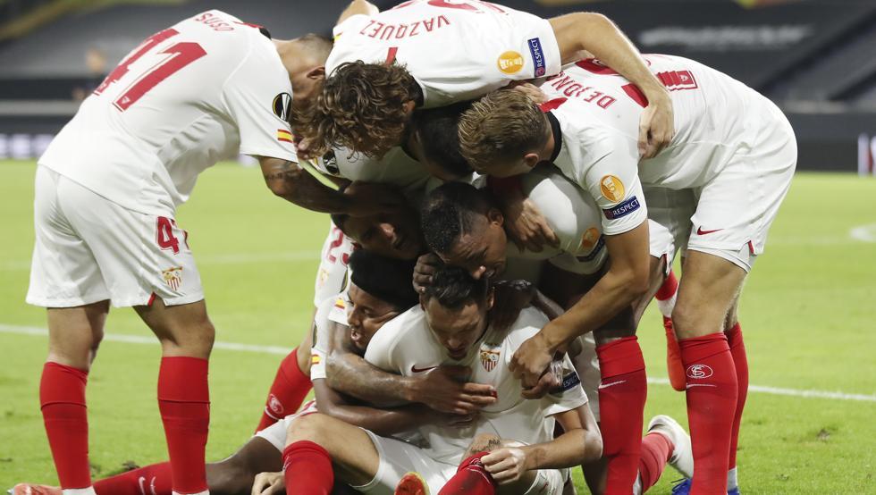 El Sevilla celebrando un gol en la Europa League