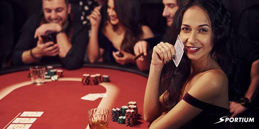 El arte del farol en póker: Gana engañando a tus rivales