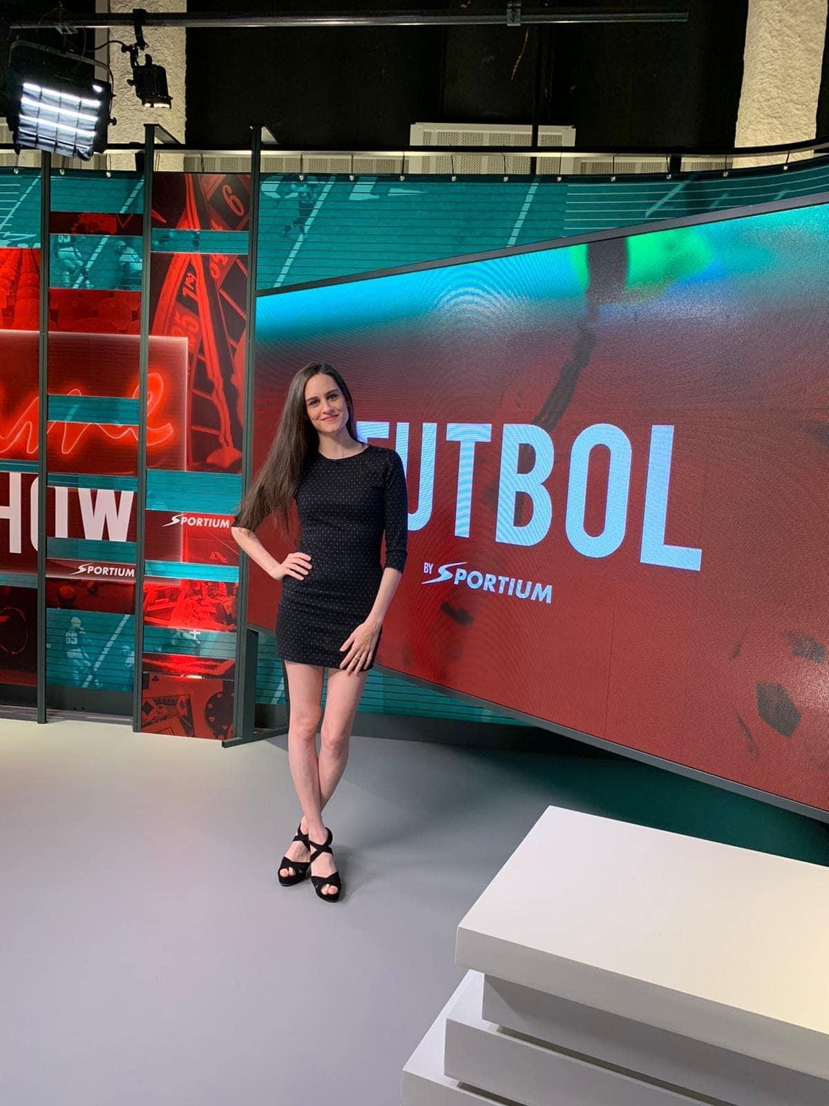 Gemma Manzanero, presentando de las Slots de The Game Show